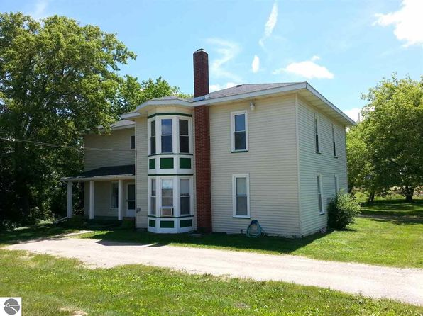 6 bed 2 bath Single Family at 5434 E Deerfield Rd Mt Pleasant, MI, 48858 is for sale at 110k - 1 of 44