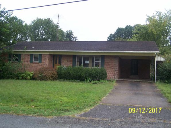 2 bed 2 bath Single Family at 221 W Paducah St South Fulton, TN, 38257 is for sale at 48k - 1 of 12