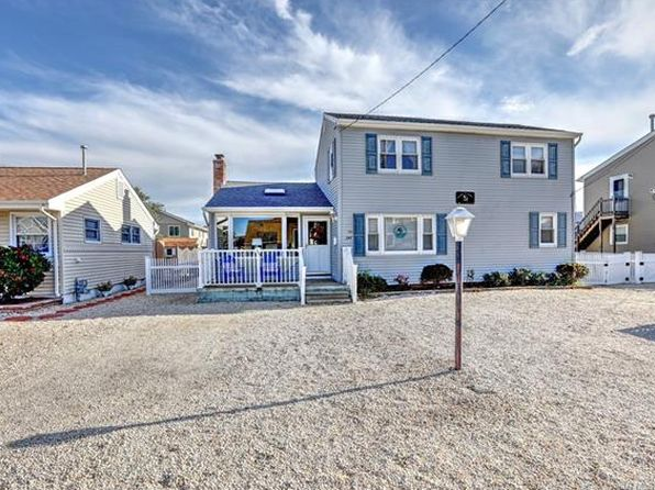 4 bed 2 bath Single Family at 247 W 12th St Ship Bottom, NJ, 08008 is for sale at 590k - 1 of 26