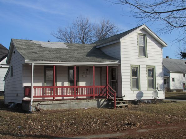 1 bed 1 bath Single Family at 212 E Church St Champaign, IL, 61820 is for sale at 40k - google static map