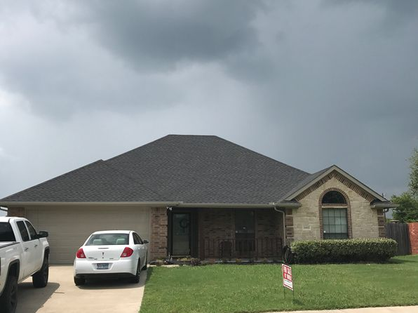 4 bed 2 bath Single Family at 1402 Still Meadow Dr Kaufman, TX, 75142 is for sale at 185k - 1 of 17
