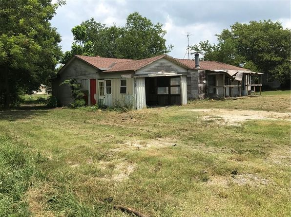 3 bed 1 bath Single Family at 306 W Travis St Leonard, TX, 75452 is for sale at 20k - 1 of 5