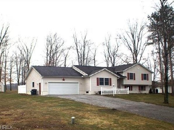 3 bed 2 bath Single Family at 6184 Jacqueline Dr NE Brookfield, OH, 44403 is for sale at 167k - google static map