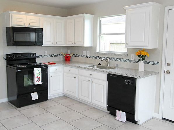 2 bed 1 bath Single Family at 6911 Lost Timber Ln Richmond, TX, 77469 is for sale at 120k - 1 of 22