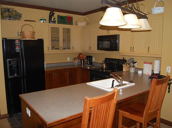 3 bed 2 bath Condo at 43 Middle Ridge Road Rising Bear 118 Stratton, VT, 05155 is for sale at 499k - 1 of 9