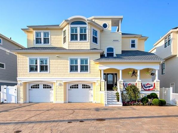 5 bed 4 bath Single Family at 19 Susan Ln Manahawkin, NJ, 08050 is for sale at 860k - 1 of 36