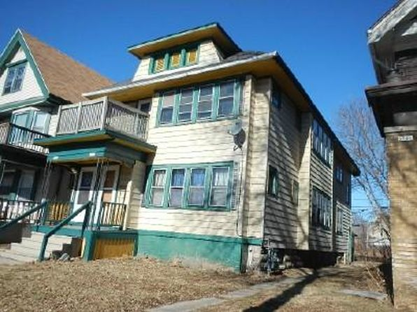 3 bed 1 bath Multi Family at 3750 W Roberts St Milwaukee, WI, 53208 is for sale at 40k - 1 of 8
