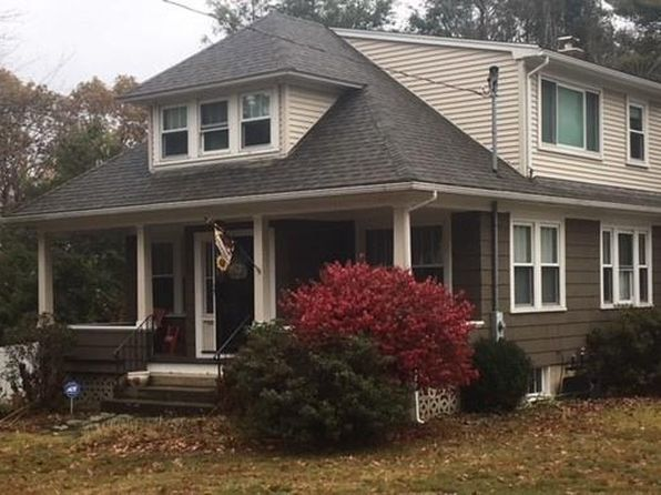 3 bed 2 bath Single Family at 127 Bishop Hill Rd Johnston, RI, 02919 is for sale at 245k - 1 of 29