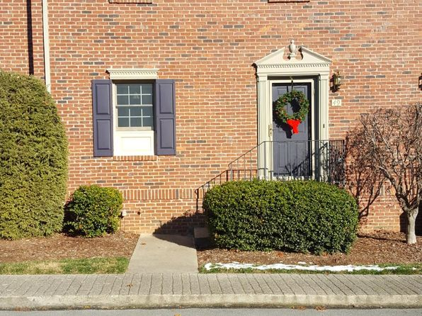 2 bed 3 bath Condo at 49 Oak Leaf Cir Johnson City, TN, 37601 is for sale at 149k - 1 of 14