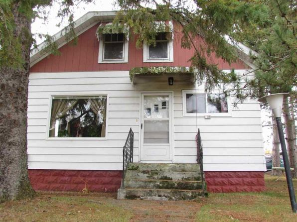3 bed 2.5 bath Single Family at 701 Fj St Crivitz, WI, 54114 is for sale at 113k - 1 of 18