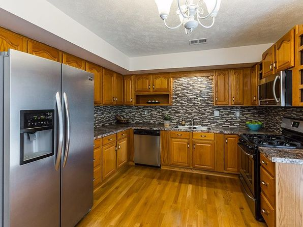 3 bed 2 bath Single Family at 1616 Brittany Ln Lexington, KY, 40504 is for sale at 125k - 1 of 24