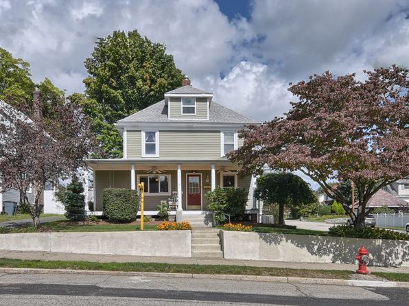 3 bed 3 bath Single Family at 32 Manning Ave Butler, NJ, 07405 is for sale at 359k - 1 of 26