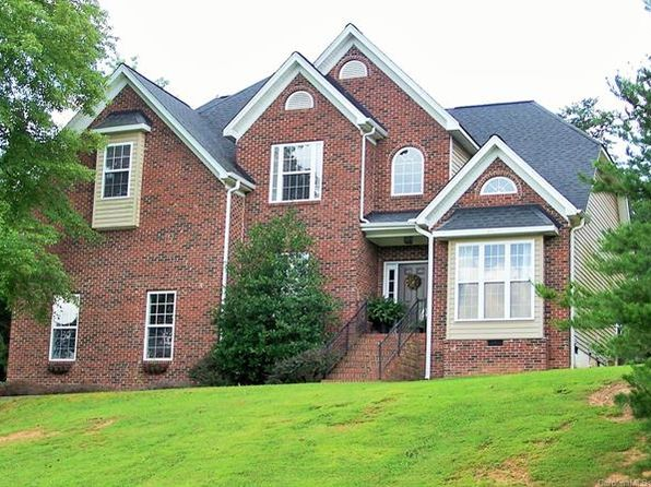4 bed 3 bath Single Family at 2019 Lynmore Dr Sherrills Ford, NC, 28673 is for sale at 260k - 1 of 24