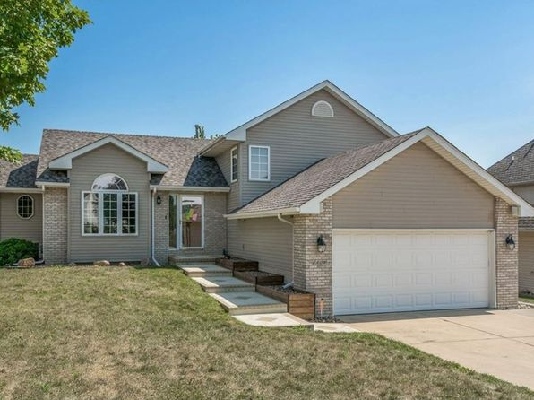 4 bed 3 bath Single Family at 6809 Timberwolf Ln Des Moines, IA, 50320 is for sale at 235k - 1 of 22