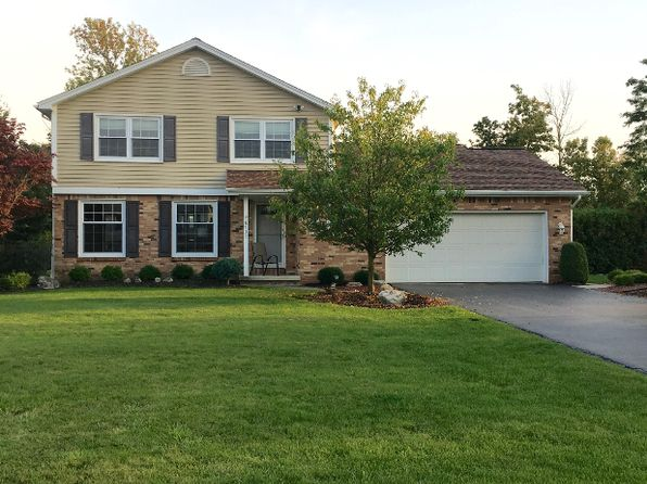 3 bed 2 bath Single Family at 8935 Candlewood Ln Clarence Center, NY, 14032 is for sale at 269k - 1 of 17