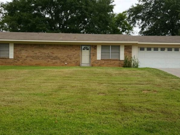 2 bed 2 bath Single Family at 307 CHEROKEE TRL HENDERSON, TX, 75652 is for sale at 100k - 1 of 6