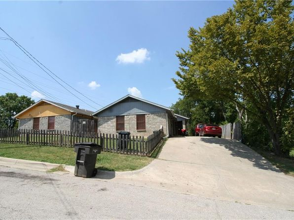 4 bed 2 bath Multi Family at 2005 Irma St Fort Worth, TX, 76104 is for sale at 215k - 1 of 11