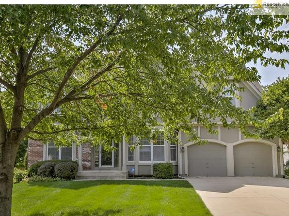 4 bed 5 bath Single Family at 12836 King St Overland Park, KS, 66213 is for sale at 319k - 1 of 25
