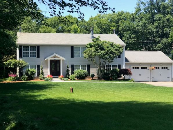 3 bed 3 bath Single Family at 31 Casey Ln Coventry, RI, 02816 is for sale at 375k - 1 of 33