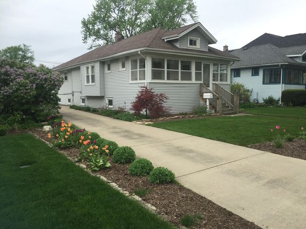 3 bed 2 bath Single Family at 290 N Clinton Ave Elmhurst, IL, 60126 is for sale at 400k - 1 of 15