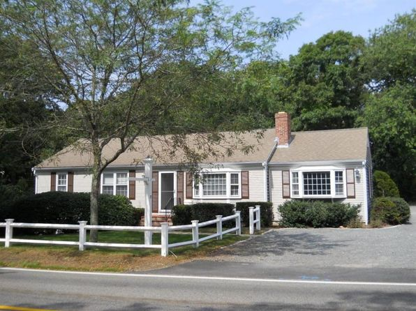 3 bed 2 bath Single Family at 72 Pine St Hyannis, MA, 02601 is for sale at 309k - 1 of 26