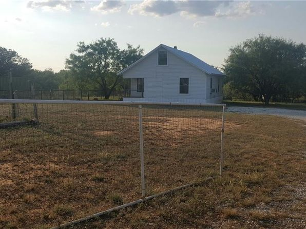 3 bed 1 bath Single Family at 8411 River Run Dr Brownwood, TX, 76801 is for sale at 53k - 1 of 32
