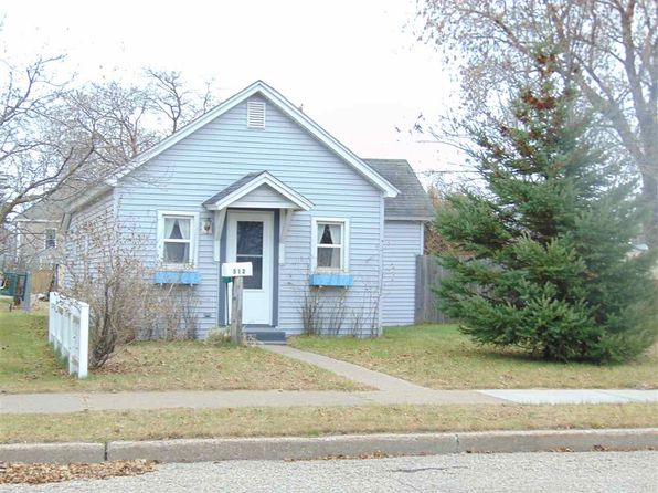 1 bed 1 bath Single Family at 512 N 19th St Escanaba, MI, 49829 is for sale at 30k - 1 of 13