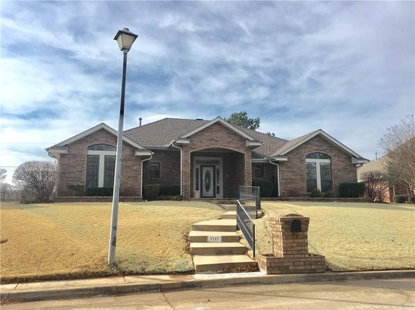 3 bed 3 bath Single Family at 1117 Quail Hollow Rd Shawnee, OK, 74804 is for sale at 172k - 1 of 25