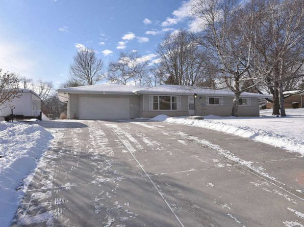 3 bed 2 bath Single Family at W135S6569 Sherwood Cir Muskego, WI, 53150 is for sale at 270k - 1 of 24