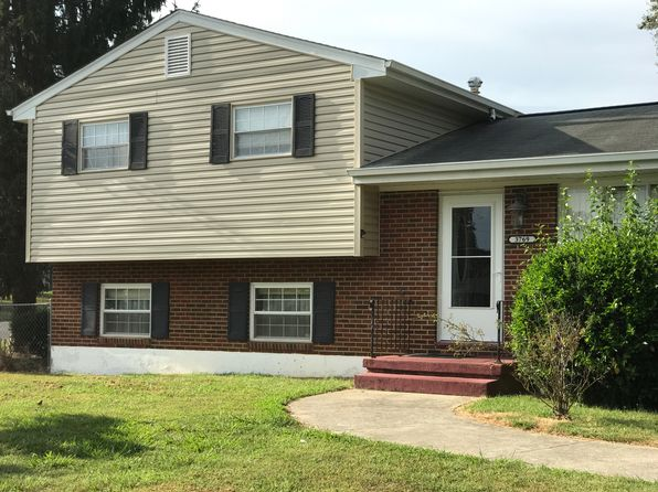 3 bed 2 bath Single Family at 3769 Troutland Ave NW Roanoke, VA, 24017 is for sale at 124k - 1 of 4