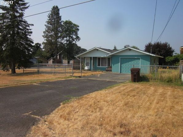3 bed 2 bath Single Family at 597 S 10th St Saint Helens, OR, 97051 is for sale at 230k - 1 of 14