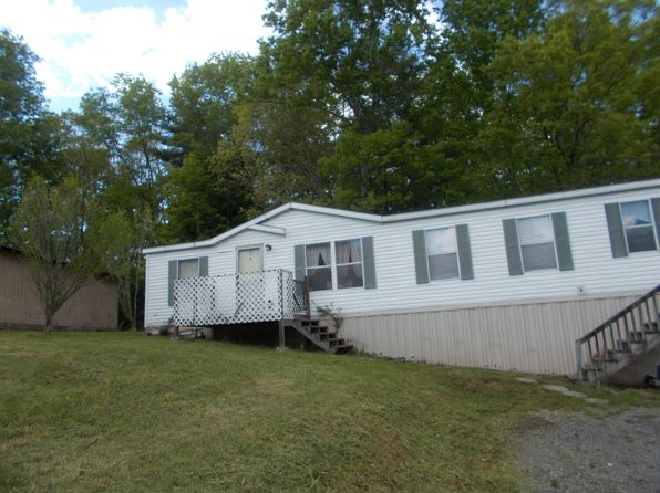 3 bed 2 bath Mobile / Manufactured at 225 2nd St Shady Spring, WV, 25918 is for sale at 68k - 1 of 9