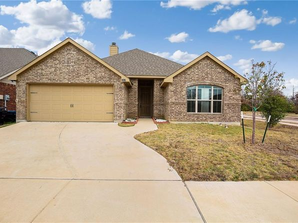 3 bed 2 bath Single Family at 1217 Raleigh Path Rd Denton, TX, 76208 is for sale at 190k - 1 of 26