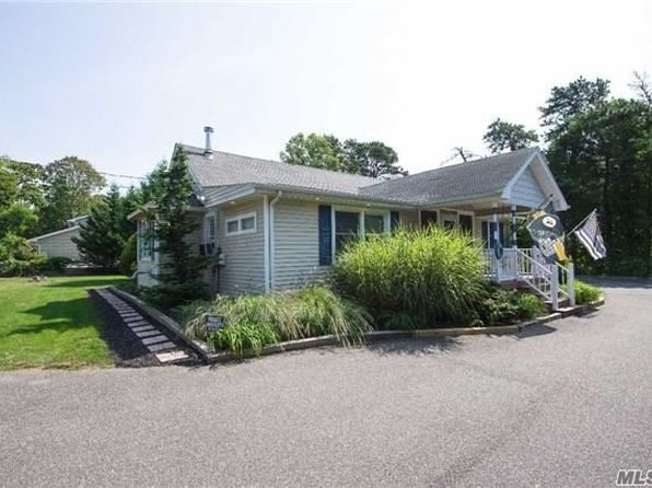 3 bed 2 bath Single Family at 4 Michael Pl Nesconset, NY, 11767 is for sale at 440k - 1 of 20