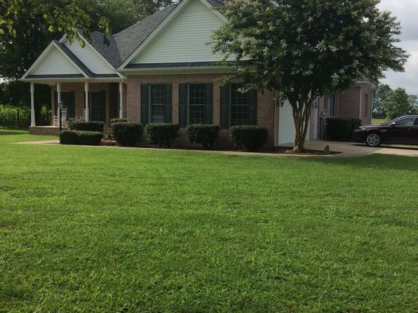 3 bed 2 bath Single Family at 78 Camargo Rd Fayetteville, TN, 37334 is for sale at 290k - 1 of 19