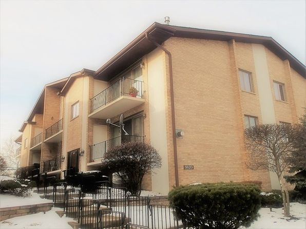 3 bed 2 bath Condo at 9820 Nashville Ave Chicago Ridge, IL, 60415 is for sale at 147k - 1 of 19