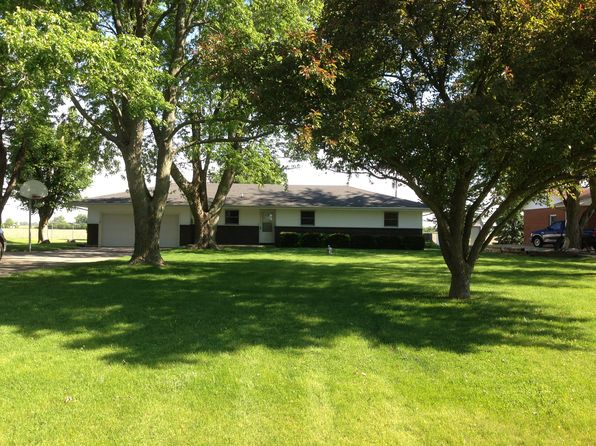 3 bed 2 bath Single Family at 1960 County Road 3000 N Rantoul, IL, 61866 is for sale at 158k - 1 of 18