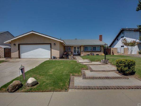 4 bed 2 bath Single Family at 1056 Elmhurst Dr Corona, CA, 92880 is for sale at 459k - 1 of 17