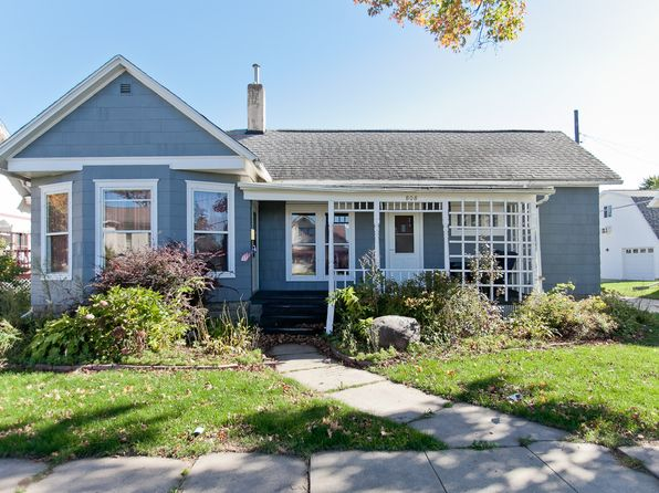 2 bed 1 bath Single Family at 808 A Ave Vinton, IA, 52349 is for sale at 70k - 1 of 16