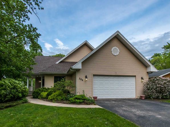 3 bed 2 bath Single Family at 304 Oakleaf Rd Lake In the Hills, IL, 60156 is for sale at 225k - 1 of 27
