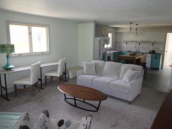 2 bed 2 bath Condo at 1500 Country Club Dr Okoboji, IA, 51355 is for sale at 179k - 1 of 14