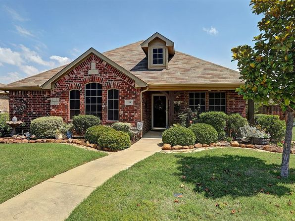 3 bed 2 bath Single Family at 224 Shepherd Ln Royse City, TX, 75189 is for sale at 230k - 1 of 27
