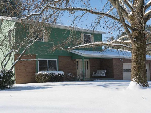 4 bed 3 bath Single Family at 4320 E Beacon Ct Bloomington, IN, 47408 is for sale at 230k - 1 of 24