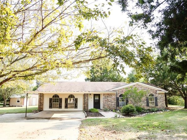 3 bed 2 bath Single Family at 4405 Buffalo Ln Joshua, TX, 76058 is for sale at 350k - 1 of 35
