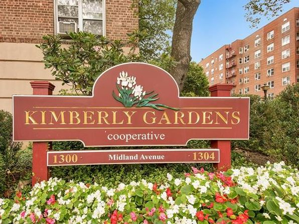 2 bed 1 bath Cooperative at 1304 Midland Ave Yonkers, NY, 10704 is for sale at 210k - 1 of 21