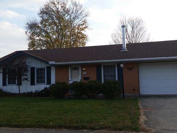 2 bed 1 bath Single Family at 902 Pepperwood Dr New Carlisle, OH, 45344 is for sale at 68k - google static map
