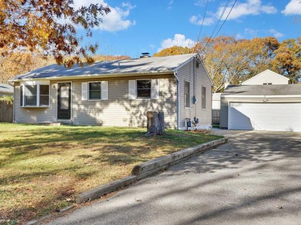 2 bed 1 bath Single Family at 39 Anchorage Blvd Bayville, NJ, 08721 is for sale at 165k - 1 of 32