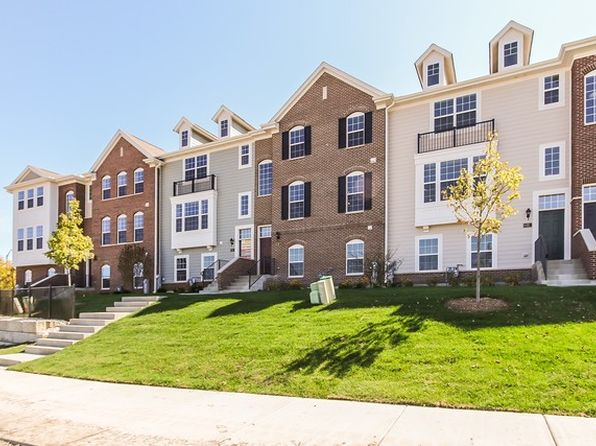 2 bed 3 bath Townhouse at 13 Bethel Ln Schaumburg, IL, 60194 is for sale at 390k - 1 of 32