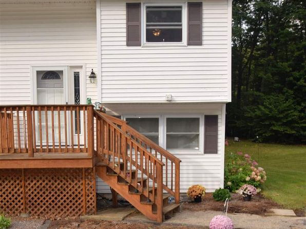 2 bed 1 bath Townhouse at 17B Bennington Cir Goffstown, NH, 03045 is for sale at 142k - 1 of 20