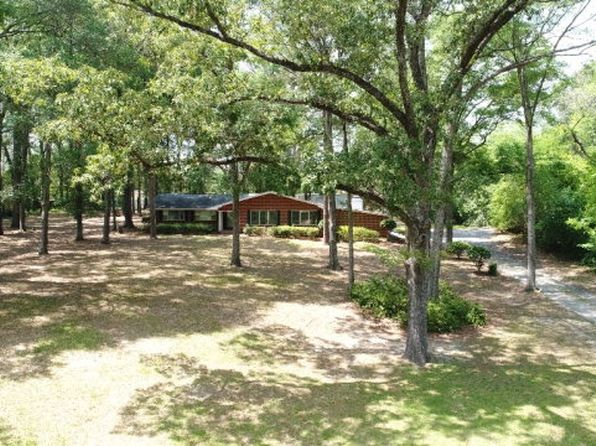4 bed 3 bath Single Family at 119 Colmont Dr Eufaula, AL, 36027 is for sale at 184k - 1 of 35
